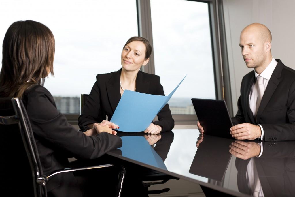 Как да си осигуря покана за интервю